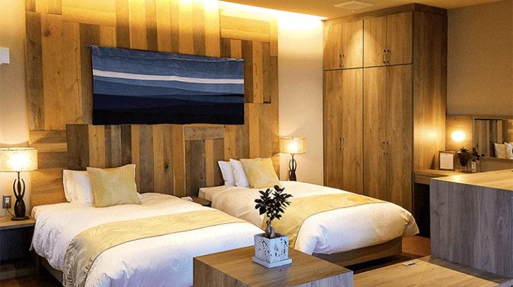 ふたりが過ごすヴィラ棟に加え、メイン棟にも2つの趣の違う客室がありゆったりと過ごすことができます
