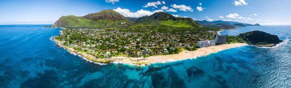 ハワイマカハバレーの空撮