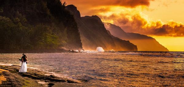 ハワイのサンセットビーチフォトウェディング