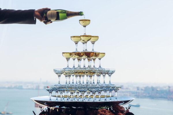 スイートルームウェディングのシャンパン